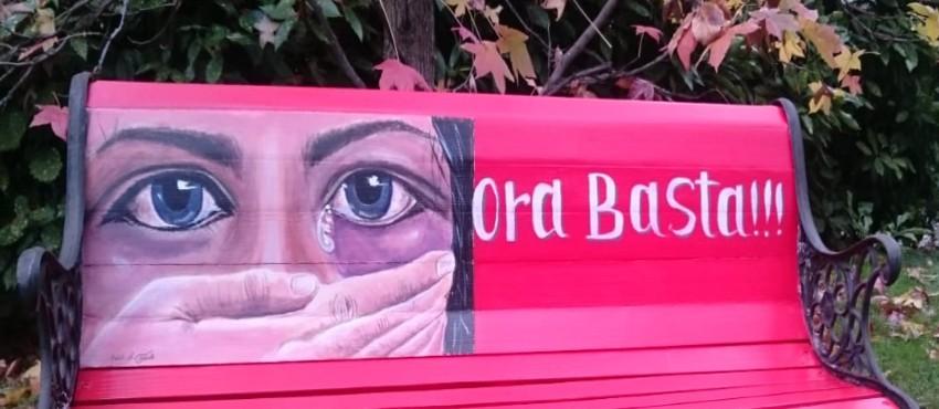 panchina rossa contro la violenza sulle donneall'ospedale Mauriziano